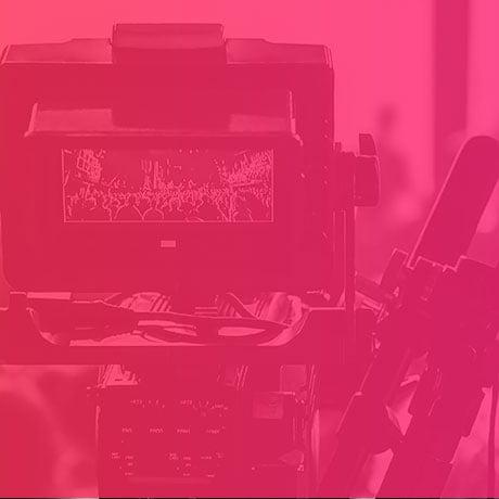 mowo-media-agencja-reklamowa-nasze-uslugi-wideo-pink
